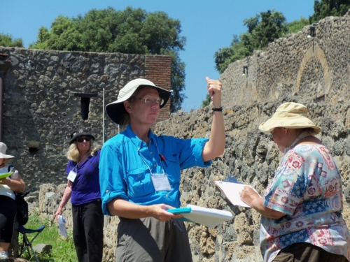 measuring team, Pompeii Food and Drink Project